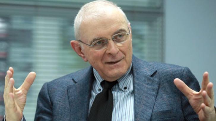 Criza ne-a tăiat investiţiile, a spus Adrian Vasilescu