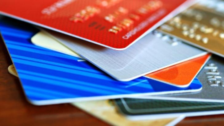 Băncile elveţiene, obligate să colaboreze cu autorităţile SUA