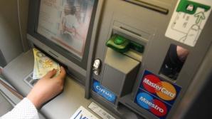 A vrut să scoată bani de la un bancomat, dar a avut parte de o surpriză neplăcută.