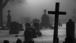 DESCOPERIRE incredibilă într-un cimitir. S-a întâmplat în România!