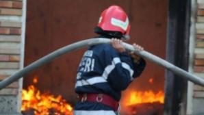 O bătrână a murit într-un incendiu în Capitală