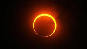 <p>Următoarea eclipsă va fi în anul 2026</p>
