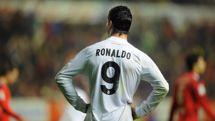 Valencia învinge Real Madrid şi pune capăt unei serii de 22 de victorii ale madrilenilor