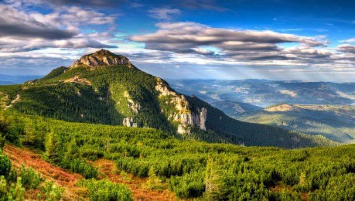 Tunelele secrete care leagă Ceahlău cu Munții Retezat, Bucegi și Satu Mare