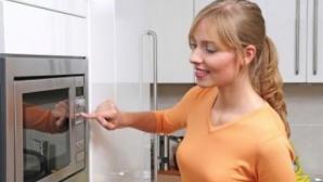 Evitaţi utilizarea cuptorului cu microunde