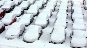 În Massachusetts stratul de zăpadă a atins un nivel record, 53 de centimetri