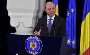 Băsescu: ZIUA HOLOCAUSTULUI dă posibilitatea de a ne gândi la greşelile comise împotriva semenilor