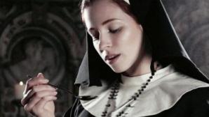 Un nou SCANDAL. O călugăriţă a născut fără să ştie că este însărcinată