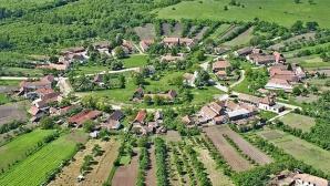 Publicaţia STRATFOR:Planul Ungariei de a cumpăra pământ românesc,praf electoral în ochii maghiarilor