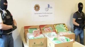 CAPTURĂ URIAȘĂ. Poliţia italiană a confiscat 235 de kilograme de cocaină