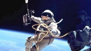 """Primii """"turiști spațiali"""" chinezi vor pleca în Cosmos între 2014 și 2015"""