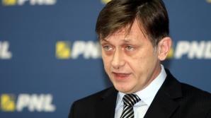 Crin Antonescu nu vrea liste comune PSD-PNL la europarlamentare