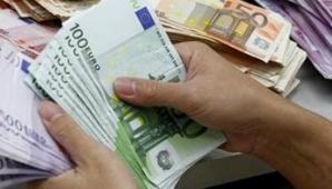 Ajutorul de şomaj, obţinut de o româncă în instanţă