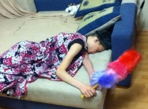 De ce nu trebuie să adormi la o petrecere