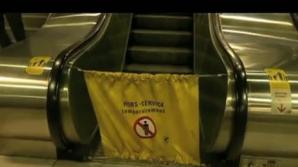O femeie a fost strangulată cu eşarfa la metrou