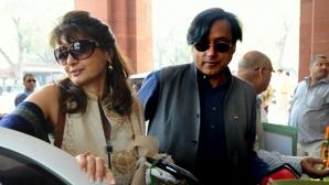 TELENOVELĂ în INDIA. Soţia unui ministru a fost găsită moartă. Înainte, ea scrisese pe Twitter...