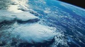 Nori la mare altitudine care înconjoară planete din galaxia noastră, descoperiţi de cercetători