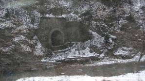 Tunelul misterios din Munţii Bucegi