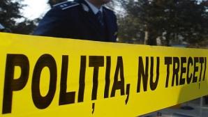 Cadavrul unui bărbat, găsit într-o maşină cuprinsă de flăcări pe malul unui lac din Constanța