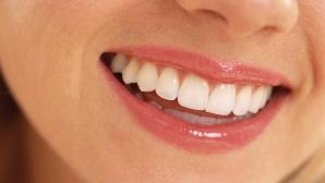 Cum să îți păstrezi zâmbetul strălucitor