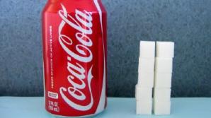Câte pliculeţe de zahăr conţine un pahar de coca-cola