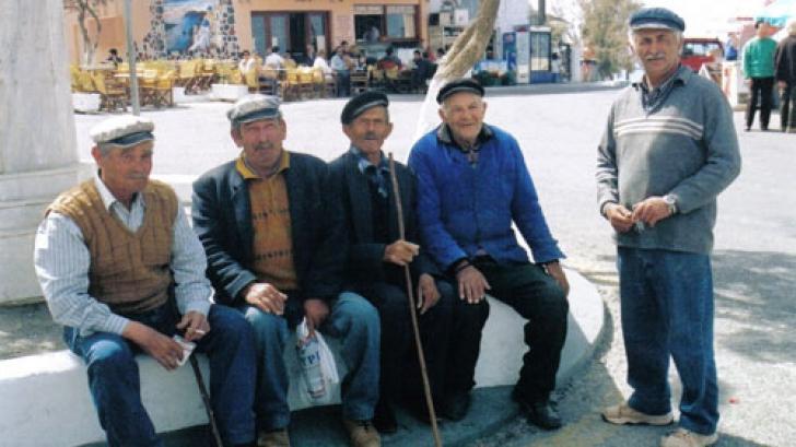 Pensionarii, baza familiilor din Grecia
