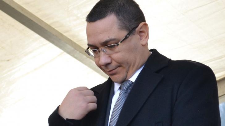 Ponta îşi pune cenuşă în cap: Regret că l-am făcut pe Elmar Brok nazist