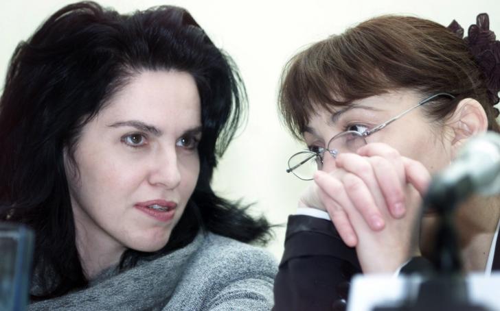 Cristina Coteanu, alături de Monica Macovei