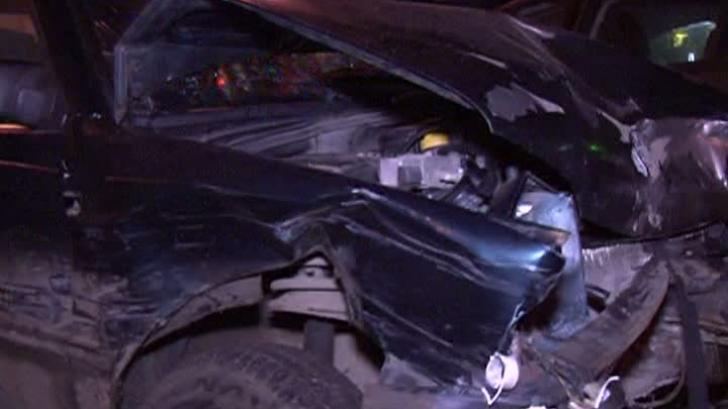 S-a suit beat la volan și a avariat cinci mașini