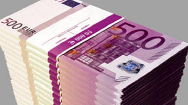 Euro, în corzi după deciziile BCE