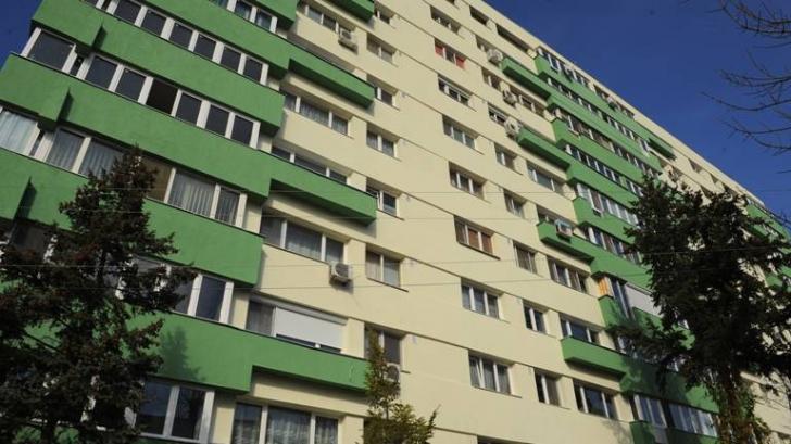 DESCOPERIRE MACABRĂ într-un apartament din Drobeta Turnu Severin