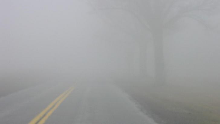 Cod galben de ceaţă în Bucureşti şi 18 judeţe
