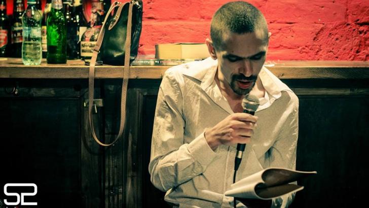 """Poetul Dan Sociu refuză premiul de la ICR: """"Ţine de un guvern prea scârbos""""!"""