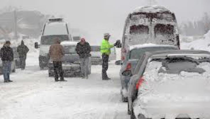 Temperaturi scăzute şi ninsori