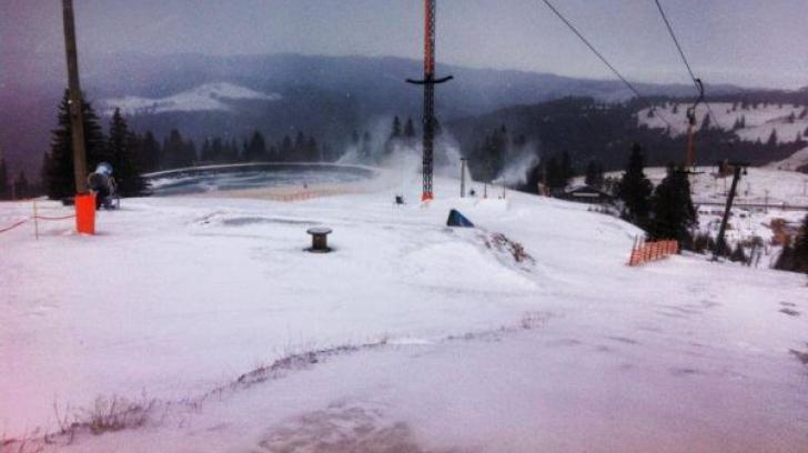 La Păltiniş, stratul de zăpadă a atins 20 de centimetri