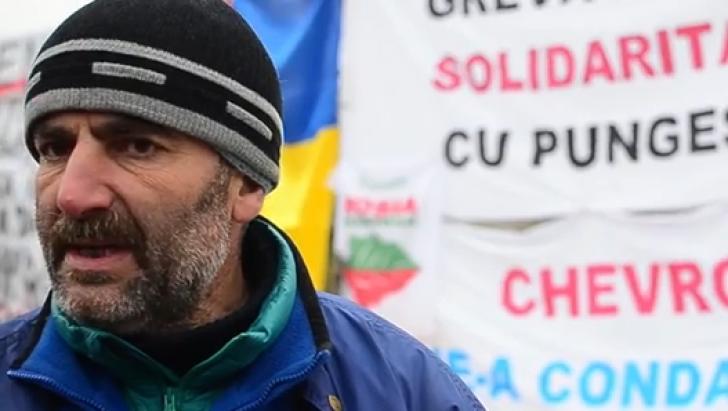 Sandu Popescu, de 17 zile în greva foamei în centrul Bucureştiului, din solidaritate cu pungeştenii