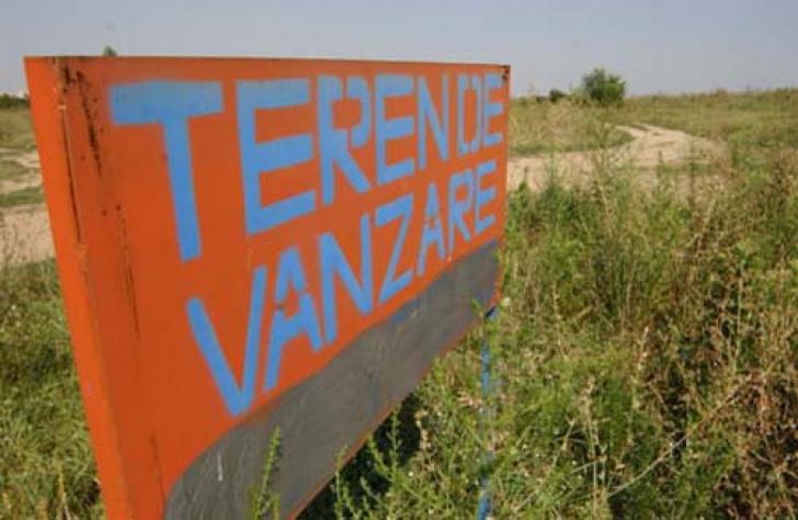 ŞEF de comisie la Cotroceni: Legea nu protejează pământul românesc