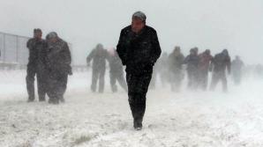 FURTUNĂ DE ZĂPADĂ: Cel puţin trei morţi şi 850 de răniţi în Japonia
