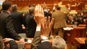 Parlamentarii au modificat în taină legea administraţiei publice locale