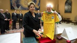 Tricoul primit de PAPA Francisc