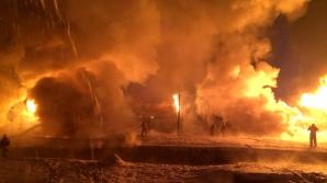 Un tren de marfă care transporta 32 de cisterne de condensat de gaz natural a deraiat miercuri la Kirov