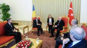 Băsescu: Vreau ca în al zecelea an al mandatului România să intre în Schengen măcar cu aeroporturile / Foto: Facebook