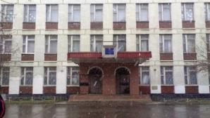 Autorul luării de ostatici la o bancă din Rusia s-a predat poliţiei