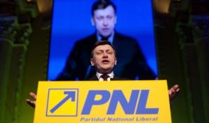 Atanasiu: Dacă va fi dat afară de la guvernare, PNL va iniția moțiune de cenzură / Foto: MEDIAFAX