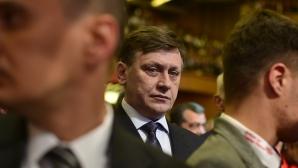 Dragnea: Sper ca lui Crin să îi pară rău de ruperea USL, noul Guvern va avea 60% în Parlament / Foto: MEDIAFAX
