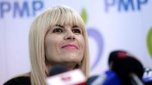 Udrea, întrebată dacă PMP s-ar alia cu PNL: Nu e ca la biserică, te lepezi de Satana şi se întâmplă / Foto: MEDIAFAX