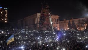 Protestatarii sunt încă în Piaţa Independenţei şi nu sunt de acord cu armistiţiul