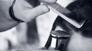 Bărbatul a murit în timp ce frizerul îl tundea