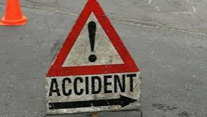 Copil accidentat de un bărbat băut care a intrat cu maşina pe trotuar