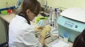 CANCERUL, TRATAT CU AUR: Testele revoluţionare ale cercetătorilor clujeni